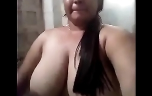 Desi Well-endowed Girl Nude Selfie Hot Video