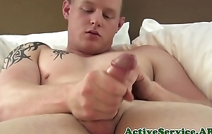 Solo significance in effect jock tugging on his fat wang